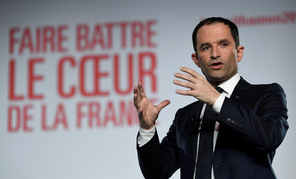 Transparence De La Vie Publique : 10 Mesures Proposées Par Benoît Hamon